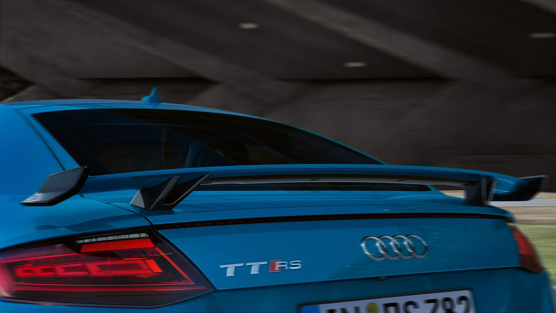 Close up rear Audi TT RS Coupé
